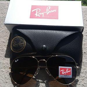 Brand New Brown RayBan Aviators 62mm Never Worn